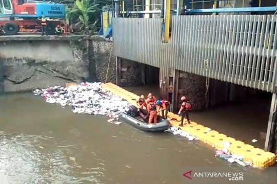 Jasad pencari cacing ditemukan di Pintu Air Manggarai