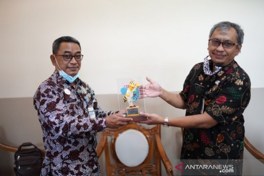 Pemkab Batang-Banjarnegara siap promosikan wisata Tol Di Atas Awan