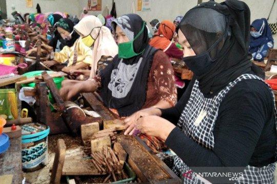 Serikat pekerja rokok minta Jokowi batalkan revisi PP Produk Tembakau