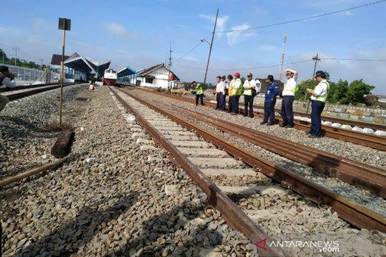 Sejumlah KA alami keterlambatan akibat kecelakaan di Sragen