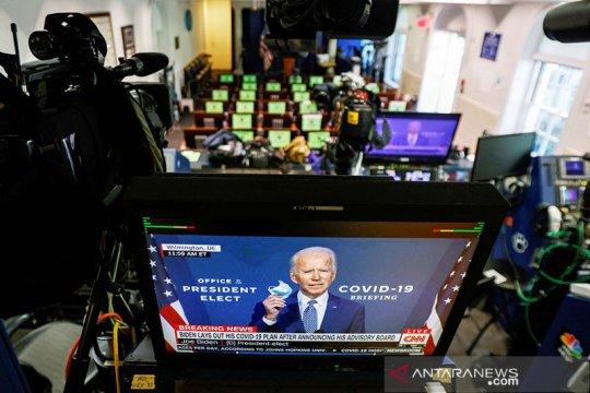 """""""Demokrasi menang"""", kata Biden setelah konfirmasi suara elektoral"""