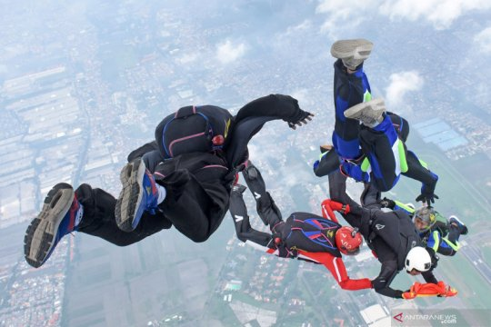 Terjun free fall Taifib 2 Marinir Pasmar 2