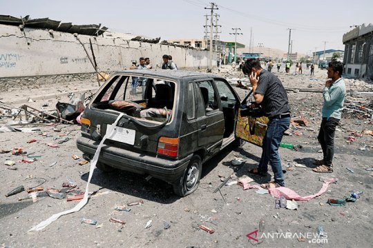 Bom incar anggota DPR Afghanistan, sembilan tewas