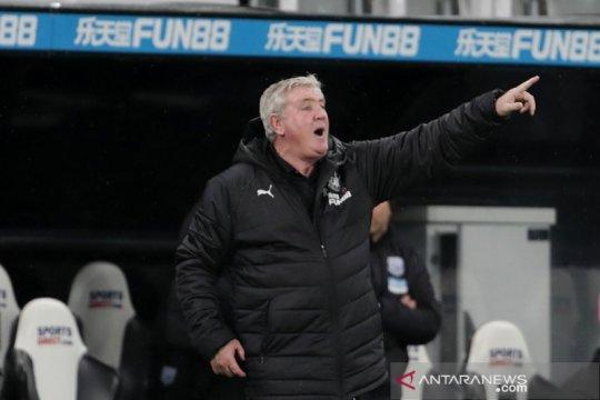 Newcastle ditekuk tim Championship, Bruce tampung hujan kritik