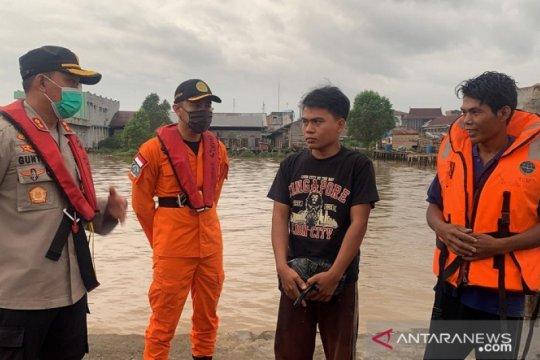 Tim SAR temukan korban selamat yang hilang saat tabrakan kapal