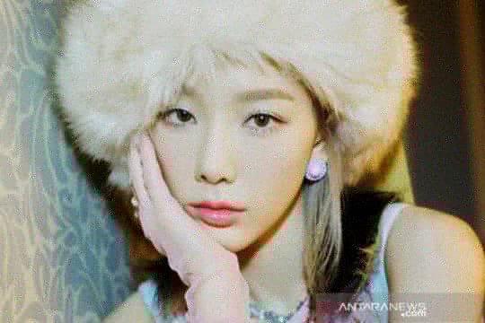 "Taeyeon SNSD puncaki iTunes lewat album ""What Do I Call You"""