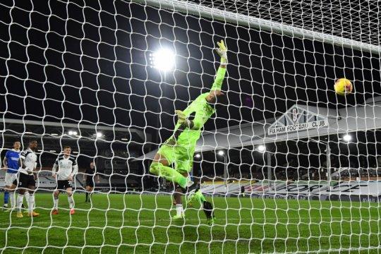 Fulham tertolong VAR saat seri 0-0 melawan Brighton