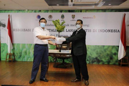 Indonesia-AstraZeneca tanam 20 juta pohon dukung lingkungan sehat