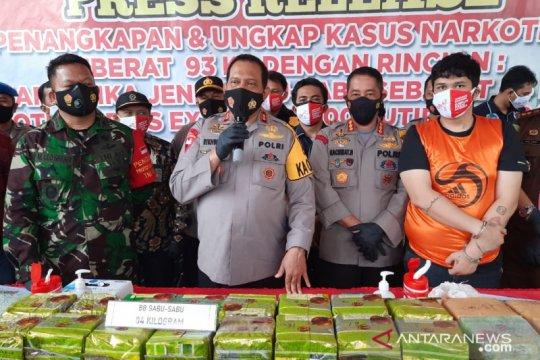 Polresta Banjarmasin bekuk kurir 84 kg sabu-sabu di Lampung