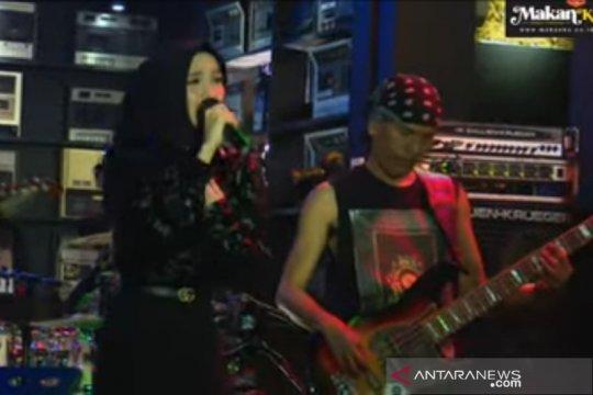 Penyanyi asal Solo gabung ke Republik Cinta Management Ahmad Dhani