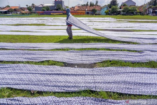 Menko Airlangga sebut pangsa KUR produksi capai 57,3 persen pada 2020