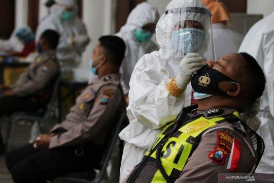 Penyelenggara Pilkada Surabaya 2020 agar diuji usap