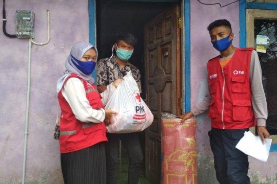PMI Banjarnegara salurkan bantuan untuk warga terdampak longsor