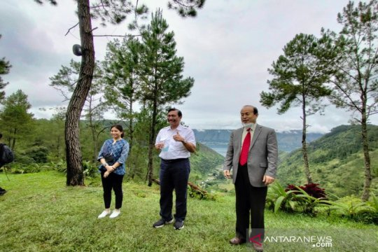 Luhut: China terus berinvestasi di kawasan Danau Toba
