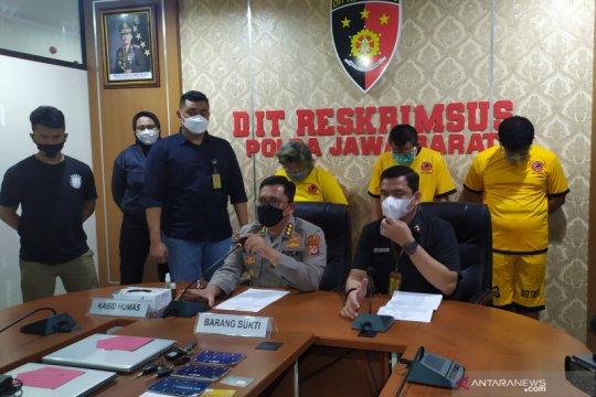 Polda Jawa Barat tetapkan tiga tersangka kasus prostitusi artis TA