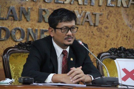 Anggota DPR dorong digitalisasi BUMN libatkan UMKM