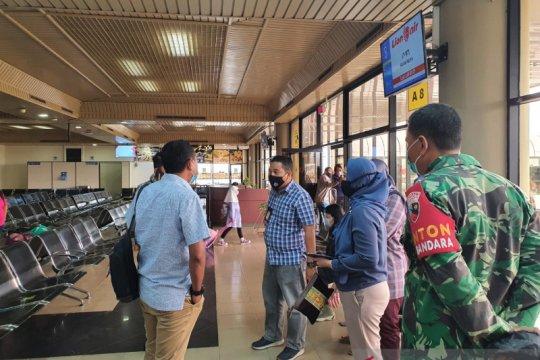 Gunakan surat tes cepat COVID 19 palsu, sekeluarga batal ke Medan