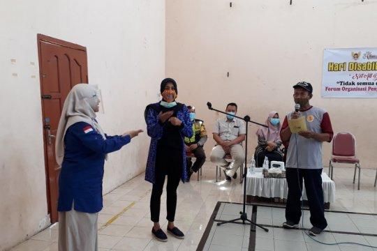 Gandeng komunitas disabilitas, PKK Kediri-Jatim bagikan masker