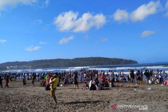 Pangandaran prediksi lonjakan wisatawan saat libur akhir tahun