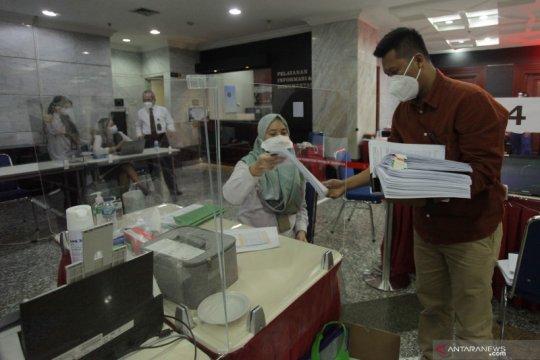 Denny Indrayana bawa 117 bukti kecurangan Pilkada Kalsel ke MK