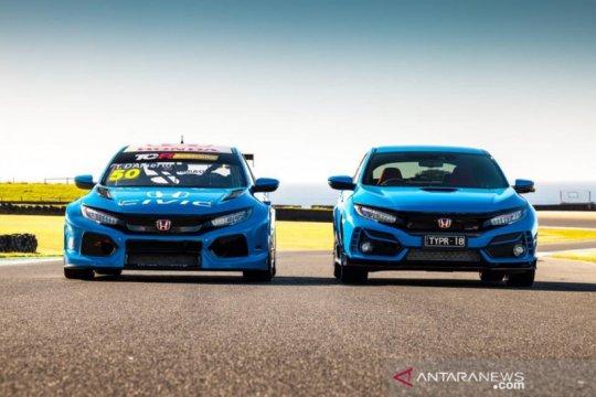 "Honda Civic Type R TCR dapat sentuhan ""Racing Blue"""