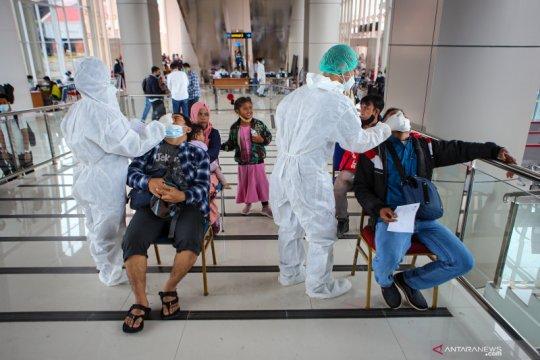 Pemberlakukan persyaratan tes cepat antigen di Bandara Soetta