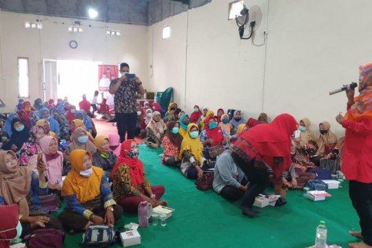 PDIP Surabaya dorong penguatan kebijakan pro-perempuan di Hari Ibu