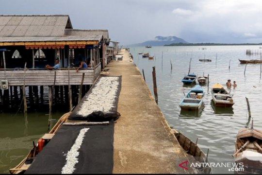 KNTI berharap Menteri KKP jamin kesejahteraan dan keselamatan nelayan