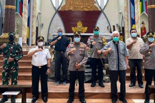 Kapolda Kalbar turun langsung cek kesiapan pengamanan gereja