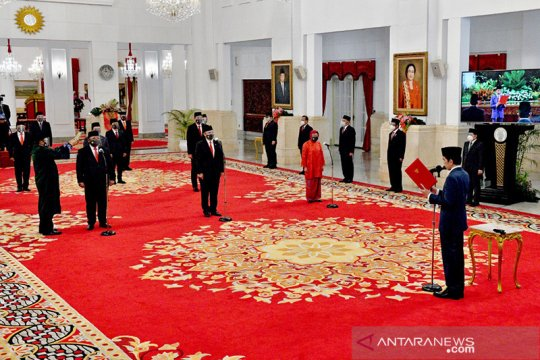 Presiden Jokowi teken Perpres wakil menteri dapat pesangon Rp580 juta