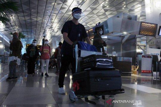 Pengawasan kedatangan pelaku perjalanan dari luar negeri diperketat