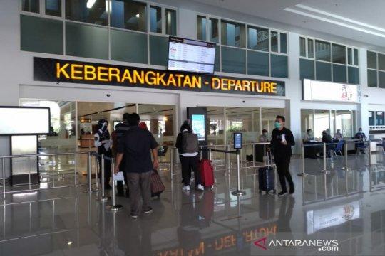 H-2 Natal jumlah penumpang di Bandara Adi Soemarmo masih normal