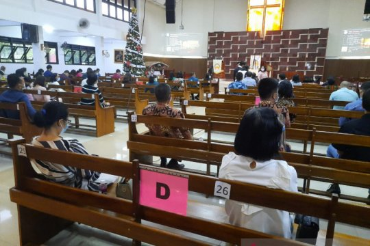 Gereja di Batam terapkan protokol kesehatan dalam ibadah malam Natal