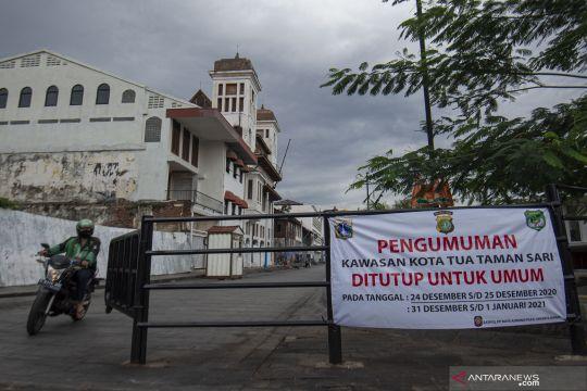 Pemkot Jakbar tutup tempat publik saat libur Natal Tahun Baru