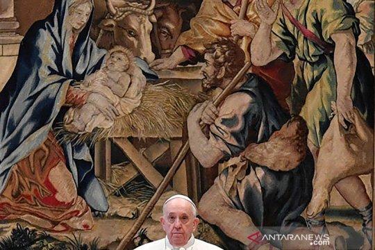 Pesan Natal Paus disampaikan dalam ruangan