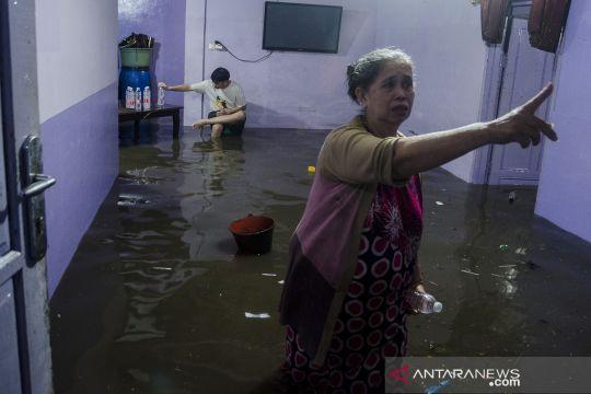 Permukiman warga di Bandung terendam banjir