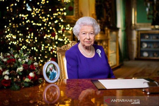 Ratu Elizabeth ungkap rasanya divaksin COVID-19, cepat dan tidak sakit