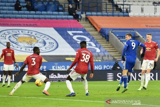 Leicester stop tren kemenangan tandang MU