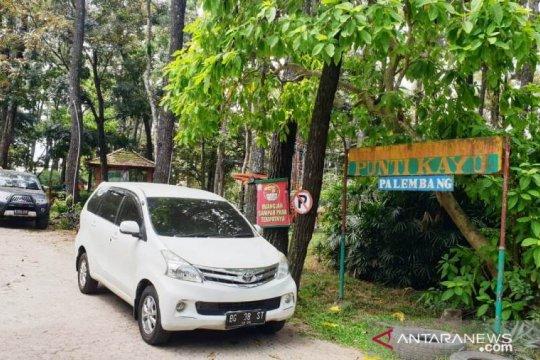 Pembatasan pengunjung diterapkan di hutan wisata alam Punti Kayu