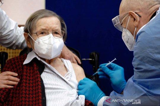 Eropa luncurkan vaksinasi COVID-19 untuk akhiri pandemi