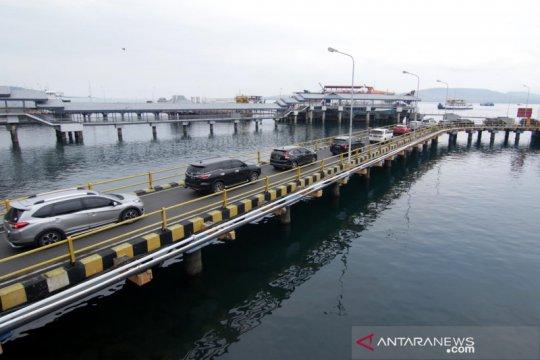 Arus penumpang di Pelabuhan Ketapang-Gilimanuk