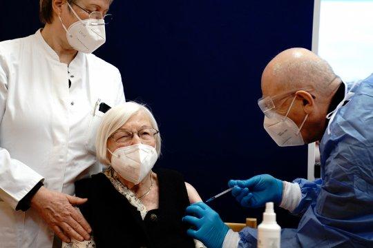 BioNTech berharap hasil uji coba vaksin pada bayi keluar September