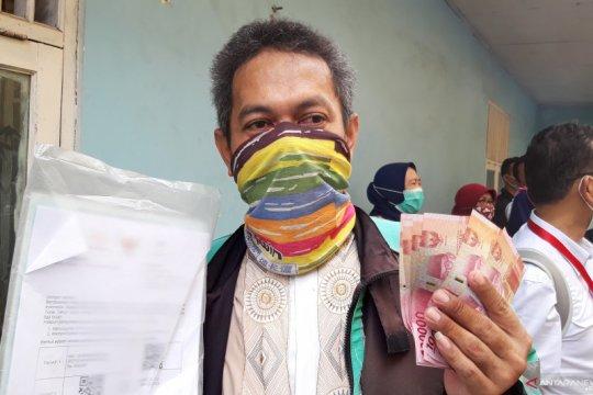 Mengurai praktik korupsi di pusaran Bansos COVID-19