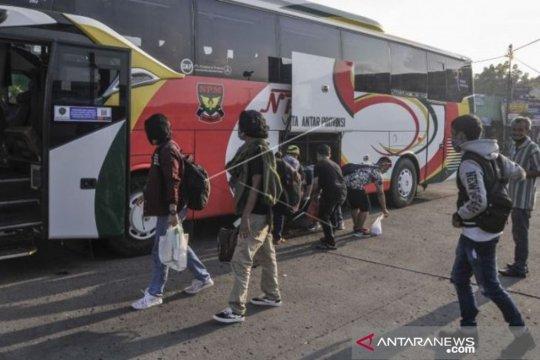 Terkait THR, MTI: Pemerintah perlu beri BLT pengemudi bus AKAP