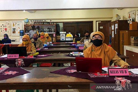 Yogyakarta usulkan sekitar 8.000 guru masuk data vaksinasi COVID-19