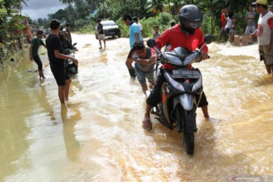 BMKG: Potensi banjir bandang terjadi di Konawe, Konut hingga Kolut