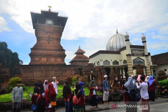 Penutupan objek wisata Kudus