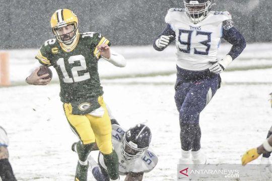 Laga NFL berlangsung di tengah hujan salju
