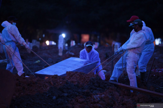 Anies apresiasi tim pemulasaraan yang telah kebumikan 31.969 jenazah