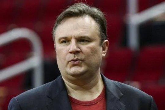 NBA denda Presiden Sixers 50.000 dolar AS karena cuitan tentang Harden
